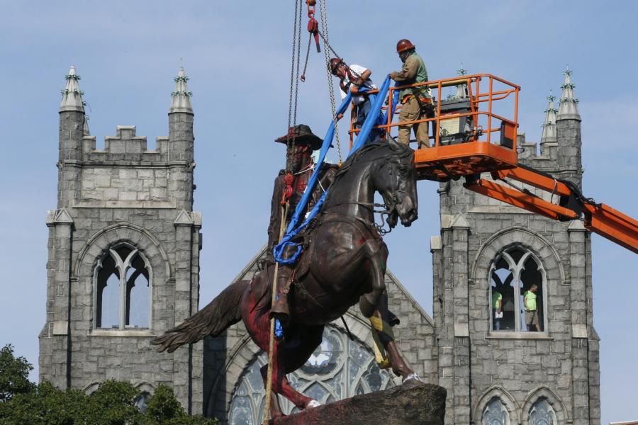 Do+Confederate+Statues+Deserve+to+Stand%3F